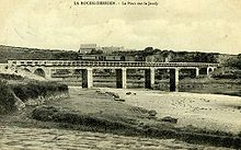Pont sur le Jaudy à la Roche-Derrien (1905).