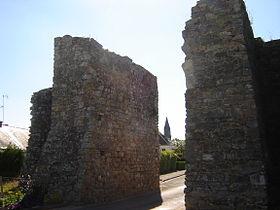 La Porte Guerchoise, vestige des fortifications de Châtelais