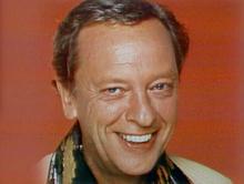 Ralph Furley 1982.png