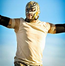 Rey Mysterio 2010.jpg