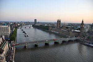 River Thames and Westminster Bridge, London-17Aug2009.jpg