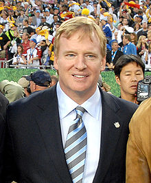 Roger Goodell at Super Bowl 43.jpg