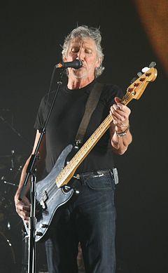 Roger Waters 18 May 2008 London O2 Arena.jpg