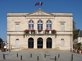 Saint-Dizier Hôtel de ville 200908.jpg