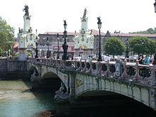 San Sebastian Puente Maria Cristina.jpg