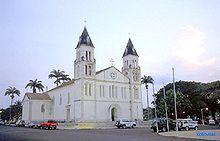 La cathédrale de São Tomé
