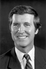 Senator William Cohen (R-ME).jpg