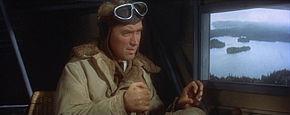 James Stewart pilote son avion dans le film L'Odyssée de Charles Lindbergh
