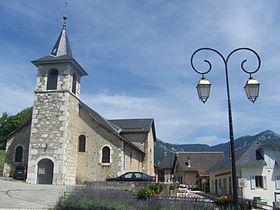 Vue sur l'église de St-Jean-d'Arvey
