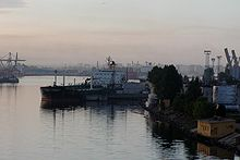 St Petersburg port scene.jpg