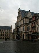 Sint-Baafsplein, met rechts het Nederlands Toneel Gent (NTGent)