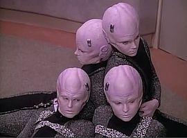 Star Trek TNG Episode - 1101001001.jpg