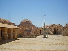 Restos del escenario de Mos Espa (Tatooine), construido en el desierto de Túnez.