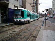 La rame TFS n°104 à Basilique de Saint-Denis.