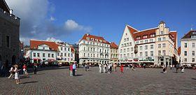 Place de l'Hôtel-de-Ville de Tallinn.