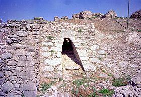 Entrée du site d'Ougarit (Ras Shamra) au nord de Lattaquié (côte syrienne)