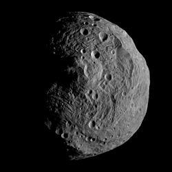 Vesta from Dawn, July 17.jpg
