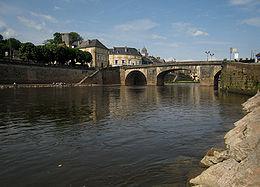 Pont sur la Vézère à Montignac.