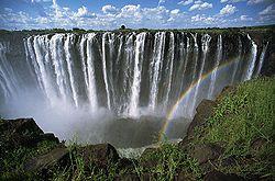 Victoria Falls Zambezi.jpg
