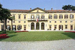 Villa Saporiti, sede della Provincia.