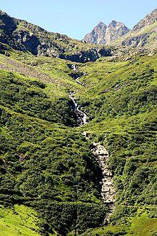 Le Rhin Antérieur près du col de l'Oberalp.