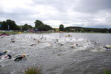 Weiswampach triathlon 2007 men swimming start.jpg