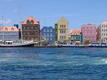 Willemstad harbor.jpg