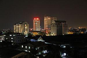 Yangon at night.jpg