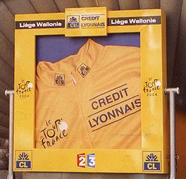 Het huldigingspodium tijdens de Ronde van Frankrijk 2004.