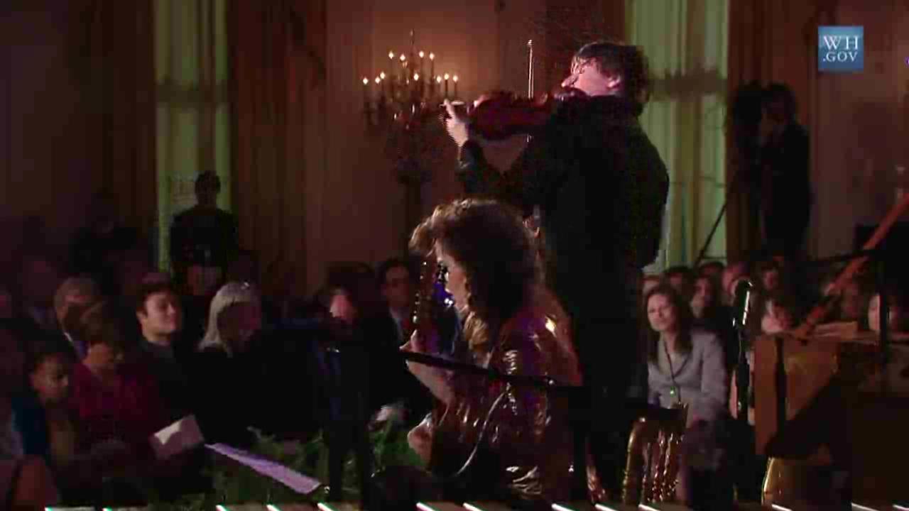 20091104 Joshua Bell and Sharon Isbin - Paganini's Cantabile.ogv