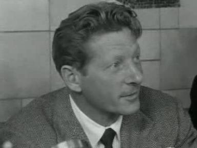 Amerikaanse filmacteur Danny Kaye arriveert op Schiphol.ogv
