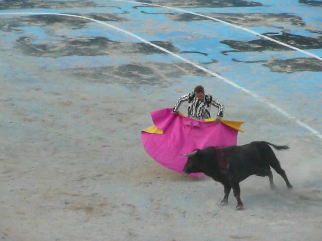 Juan Bautista corrida goyesque Feria du Riz Arles 2010.ogg