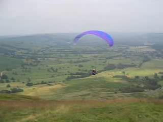 Paraglider launch Mam Tor.ogg