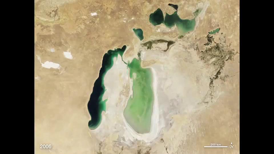 Shrinking Aral Sea.ogv