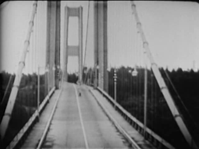 Tacoma Narrows Bridge destruction.ogg