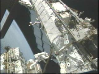 Third STS-128 Spacewalk.ogg