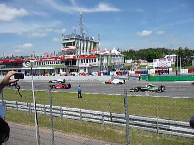 Warm up lap start, Formula Renault 3.5 Series, 2010 Brno WSR.ogv