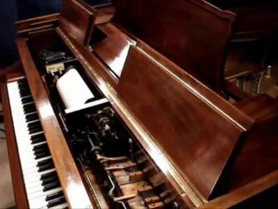 Steinway piano - Duo-Art small.ogv